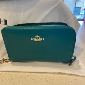 COACH leather green wallet